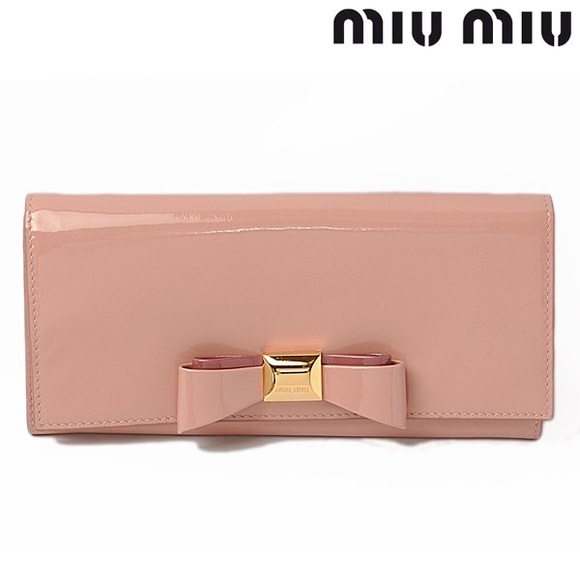VGUC Miu Miu Vernice Patent Leather Bow Wallet f179a79412e73
